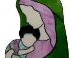 Vierge à l'enfant en verre vert et rose .jpg